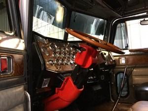 Peterbilt 379 Dash Accessories | 4 State Trucks