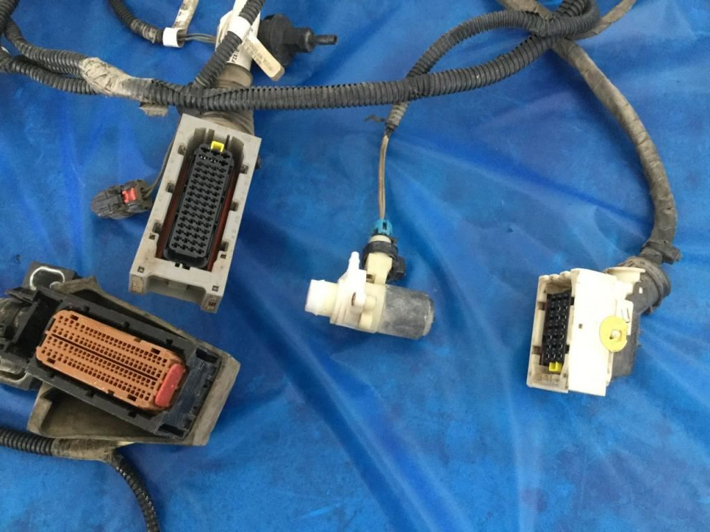 2015 peterbilt 579 stock 24594115 wiring harnesses cab and dash tpi