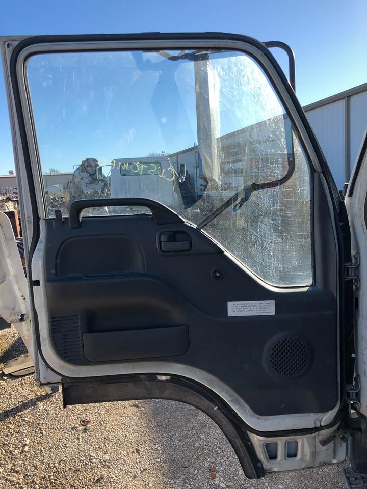 Media 2 for Isuzu NPR Doors