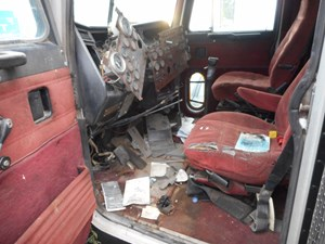 Peterbilt 379 cab parts tpi - Peterbilt 379 interior accessories ...