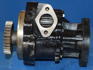 Oil Pump: Oil Pump N14 Cummins Engine
