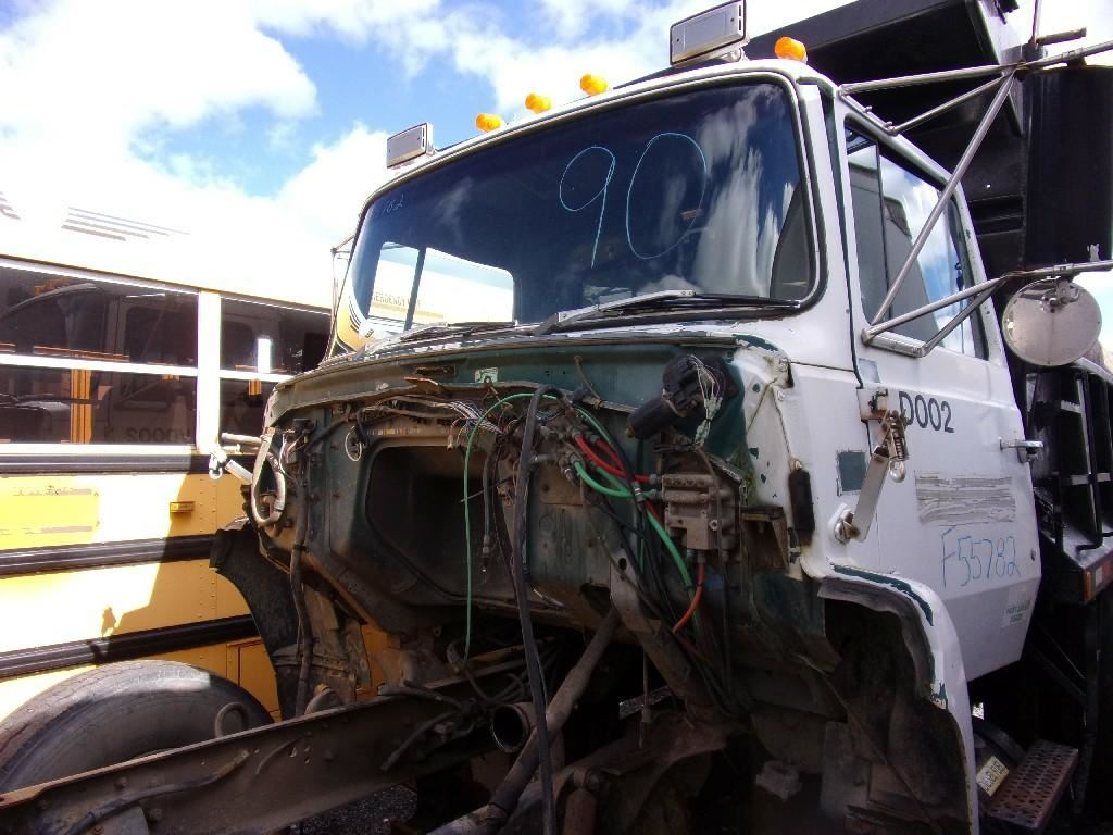 1990 FORD LN8000 CAB TRUCK PARTS #680177