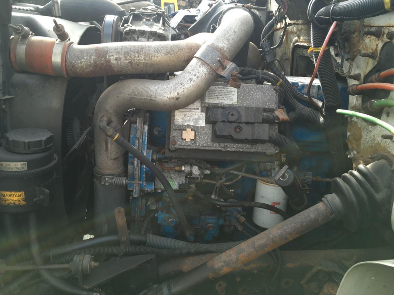 2000 INTERNATIONAL DT466 ENGINE ASSEMBLY TRUCK PARTS #679995
