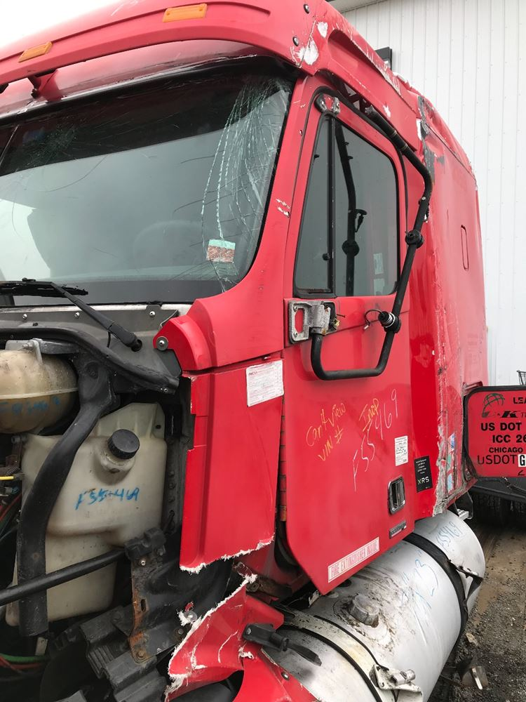 2004 FREIGHTLINER COLUMBIA 120 CAB TRUCK PARTS #684926