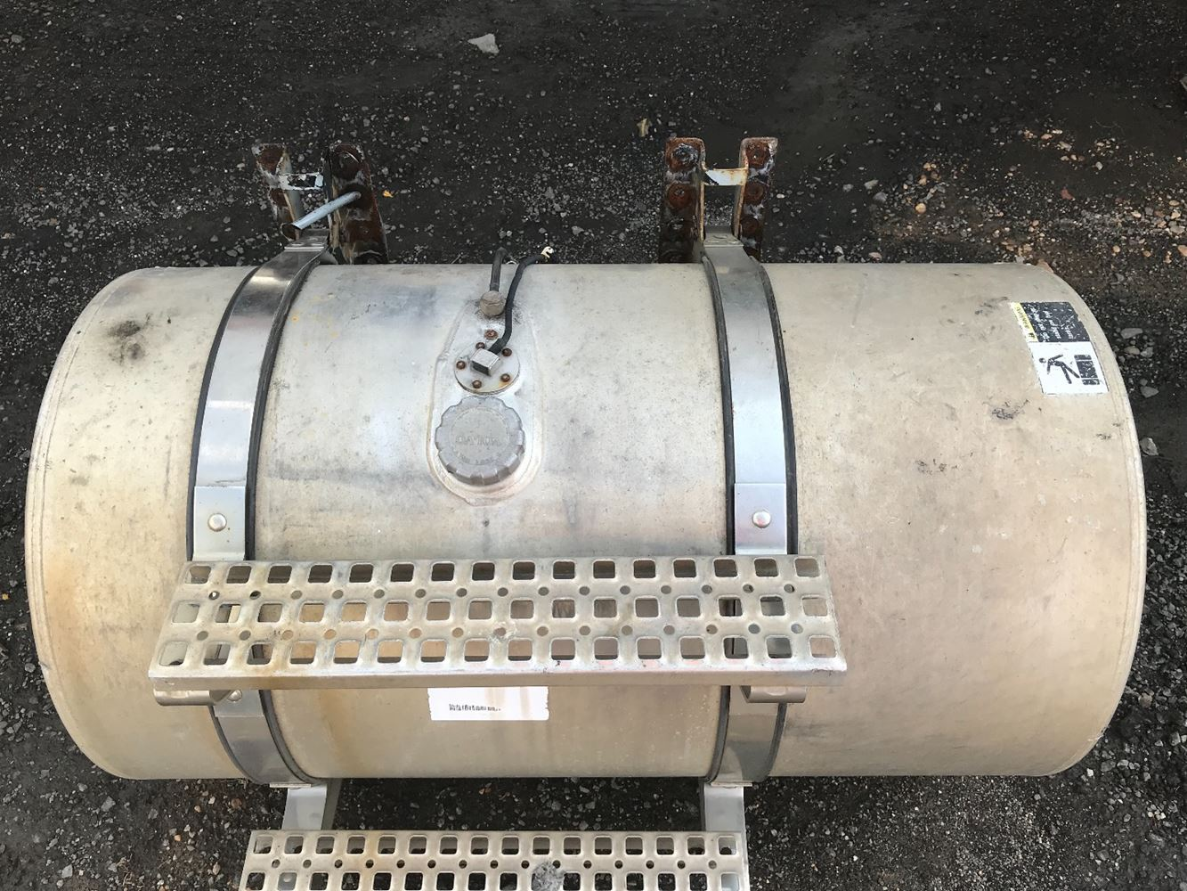 VOLVO OTHER FUEL TANK TRUCK PARTS #685760
