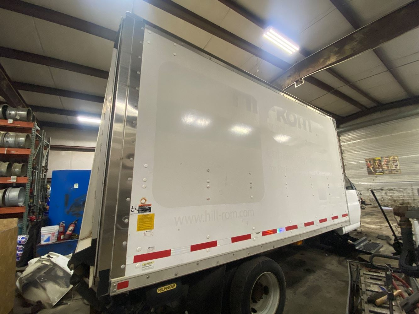 2006 OTHER OTHER VAN BODY TRUCK BODY #699347