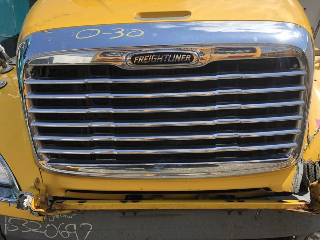 2007 FREIGHTLINER COLUMBIA 120 GRILLE TRUCK PARTS #681446