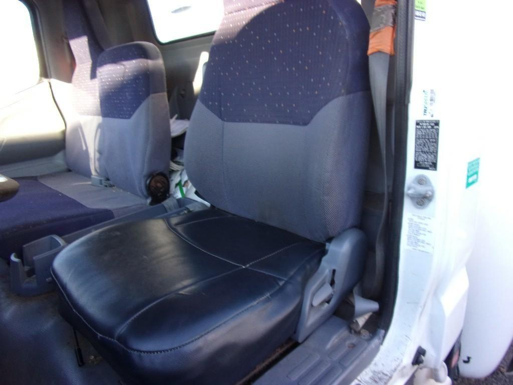 2007 MITSUBISHI FE-84D CAB TRUCK PARTS #682082
