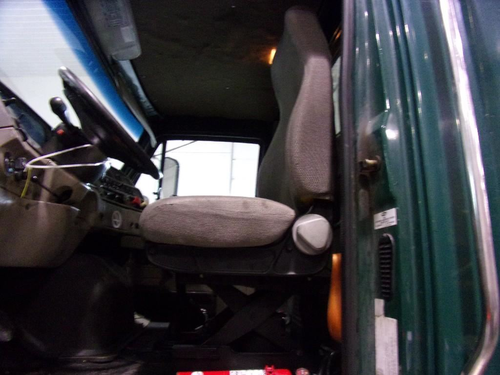 2010 STERLING A9500 CAB TRUCK PARTS #681133