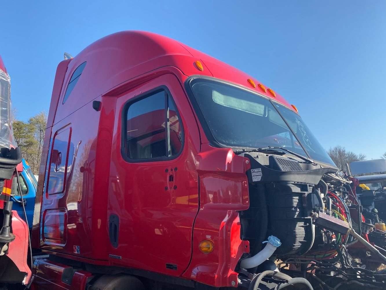 2011 FREIGHTLINER CASCADIA 125 CAB TRUCK PARTS #679785