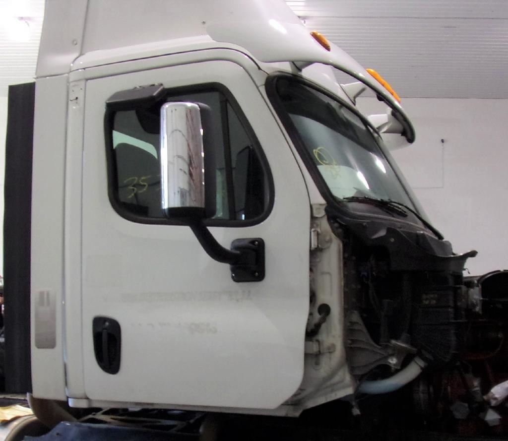 2013 FREIGHTLINER CASCADIA 113 CAB TRUCK PARTS #679804