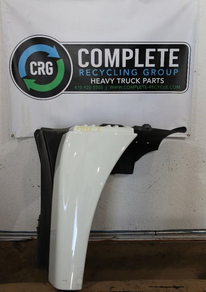 2013 FREIGHTLINER CASCADIA 125 FENDER EXTENSION TRUCK PARTS #684714