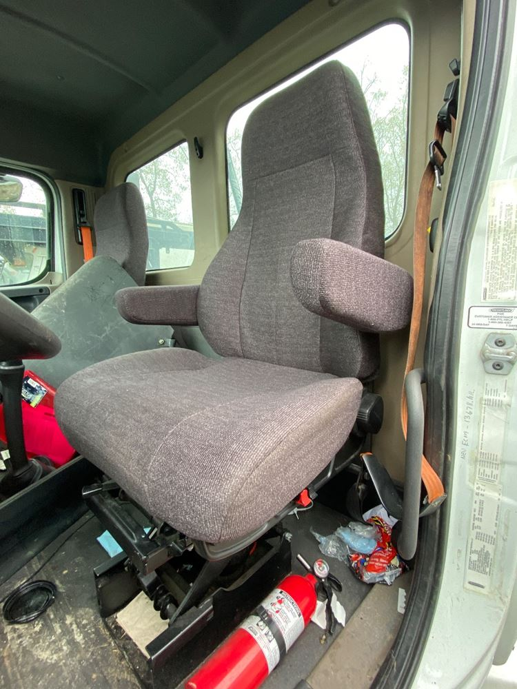 2013 FREIGHTLINER CASCADIA 125 SEAT TRUCK PARTS #721861