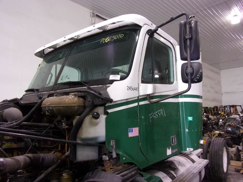 2006 FREIGHTLINER COLUMBIA 112 CAB TRUCK PARTS #684501