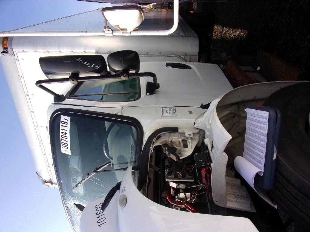 2015 FREIGHTLINER M2 106 CAB TRUCK PARTS #679985