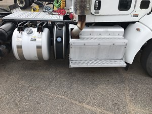 2013 Peterbilt 386 DEF Tanks bbUU1TsWhVmc_b peterbilt def tank parts tpi  at fashall.co