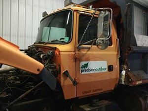 1994 ford l8000 cabs (stock #24771826) part image