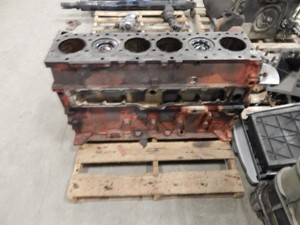 Block Parts   K & R TRUCK SALES & SERVICE