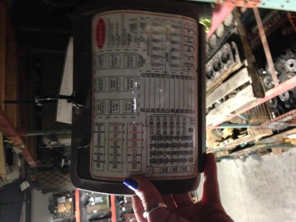 images?q=tbn:ANd9GcQh_l3eQ5xwiPy07kGEXjmjgmBKBRB7H2mRxCGhv1tFWg5c_mWT Fuse Box Peterbilt 379 Fuse Panel Diagram