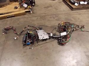 wiring harnesses cab and dah parts k r truck sales service rh truckpartsinventory com CB Vehicle Wiring CB Radio Wiring Diagram