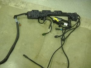 2004 VOLVO VNL Wiring Harnesses YZ8mOhSrnREW_b volvo wiring harness parts tpi volvo wiring harness at bayanpartner.co