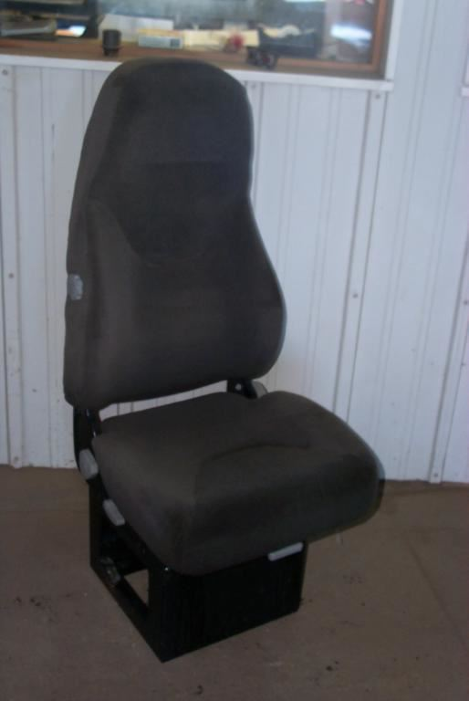 Ford STERLING Stock SE00263 Seats TPI