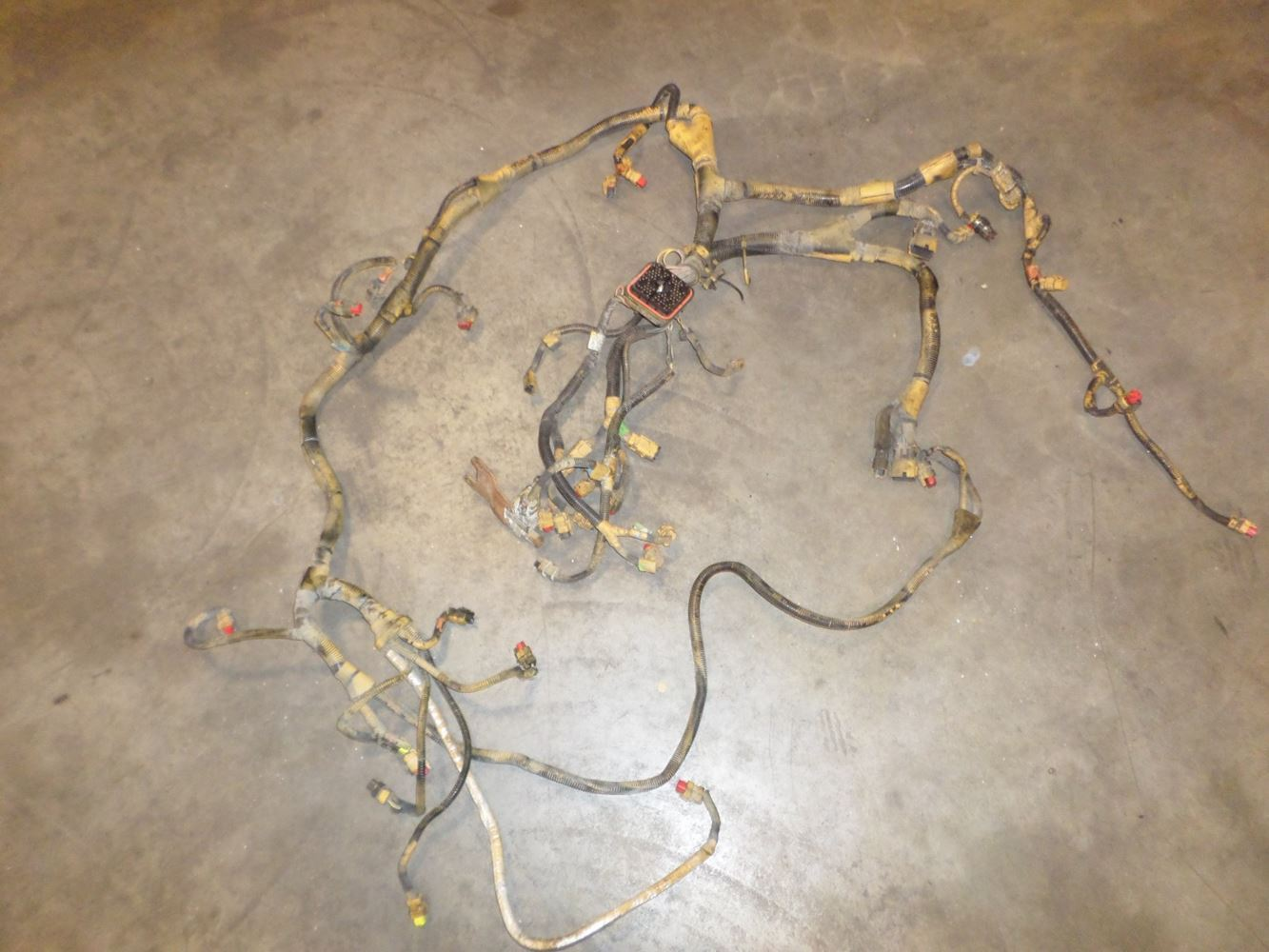 Cat C15 Wiring Harness Schematic 2019 Tpi Caterpillar Stock Dcw3591ti Harnesses