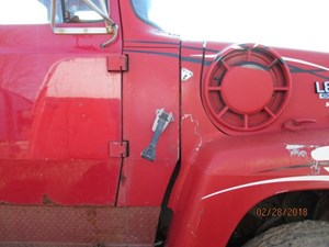 ford l8000 fender extension parts tpi 1992 ford l8000 fender extensions stock p17070 p rt part image