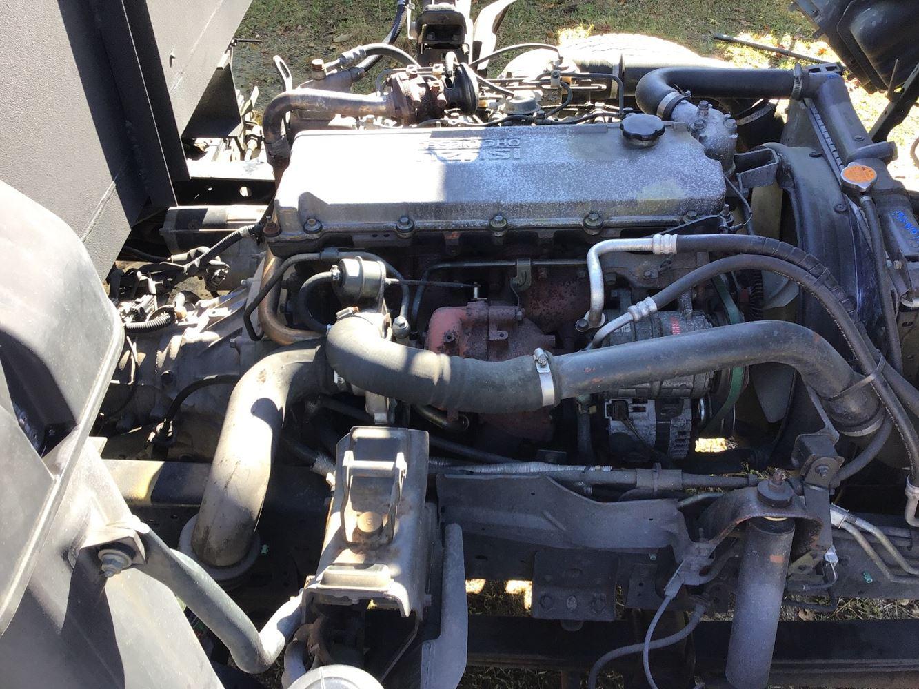 2004 Isuzu 4HE1-XS (Stock #192-010577-1) | BUSBEE AUTO