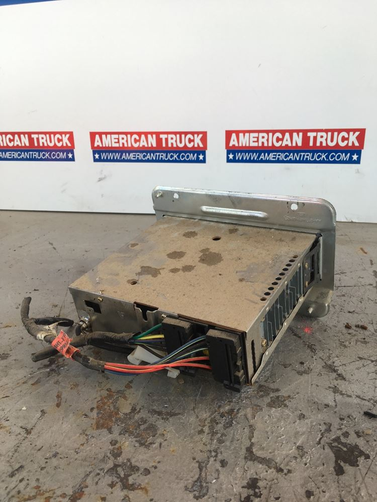 Used Parts for 1998 Ford F700 for sale-58723351