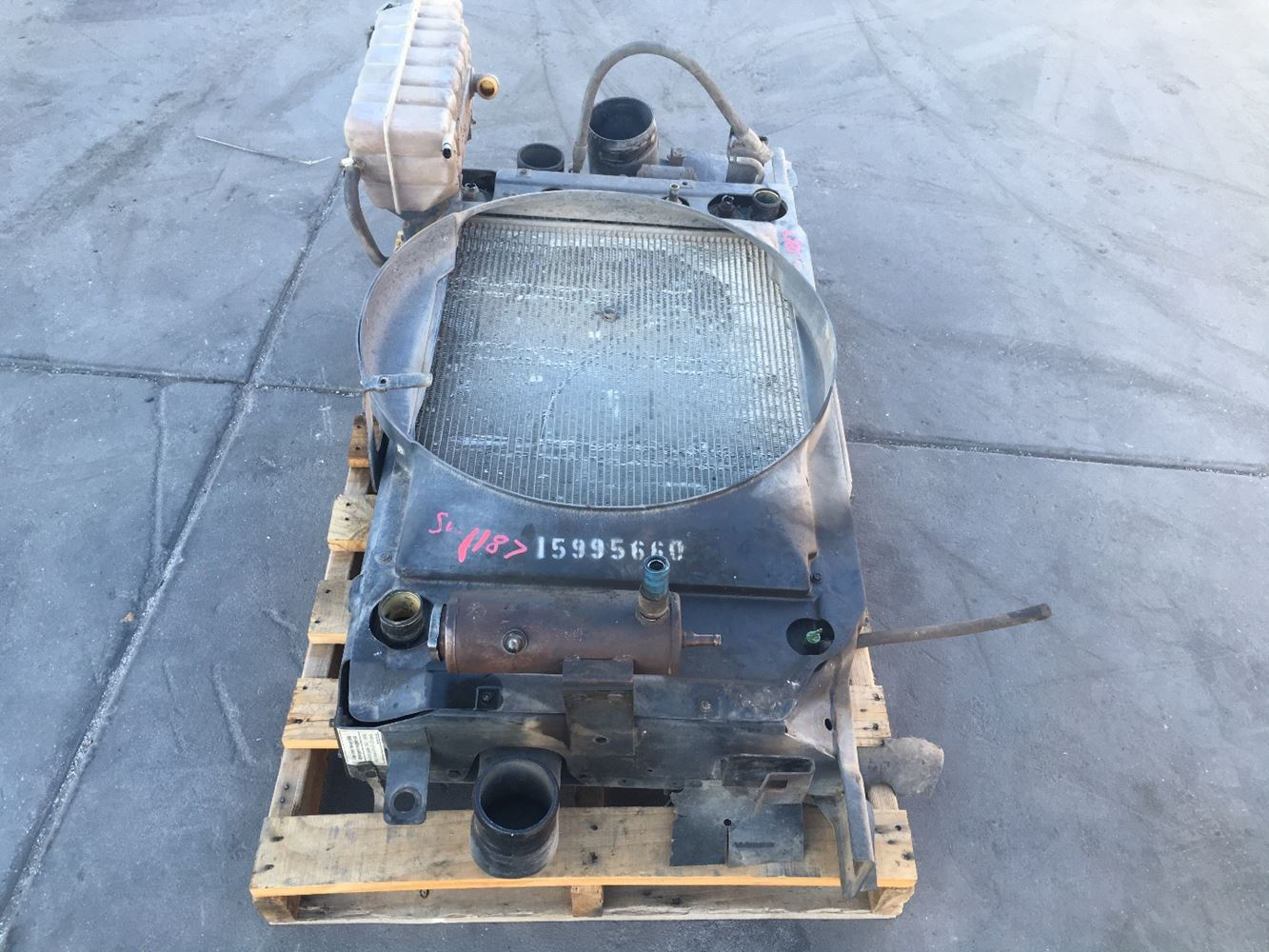 Used Parts for 1998 GMC C6500 for sale-58722721