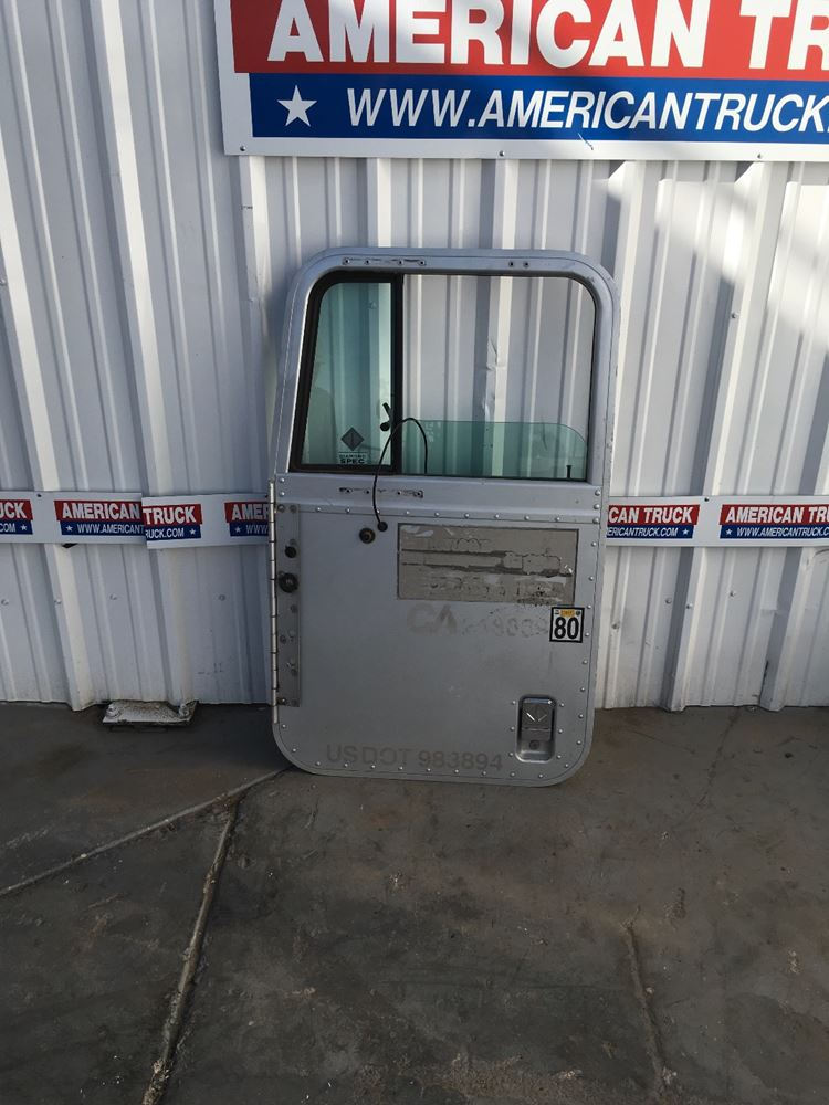 Used Parts for 1999 INTERNATIONAL 9900 for sale-58981357