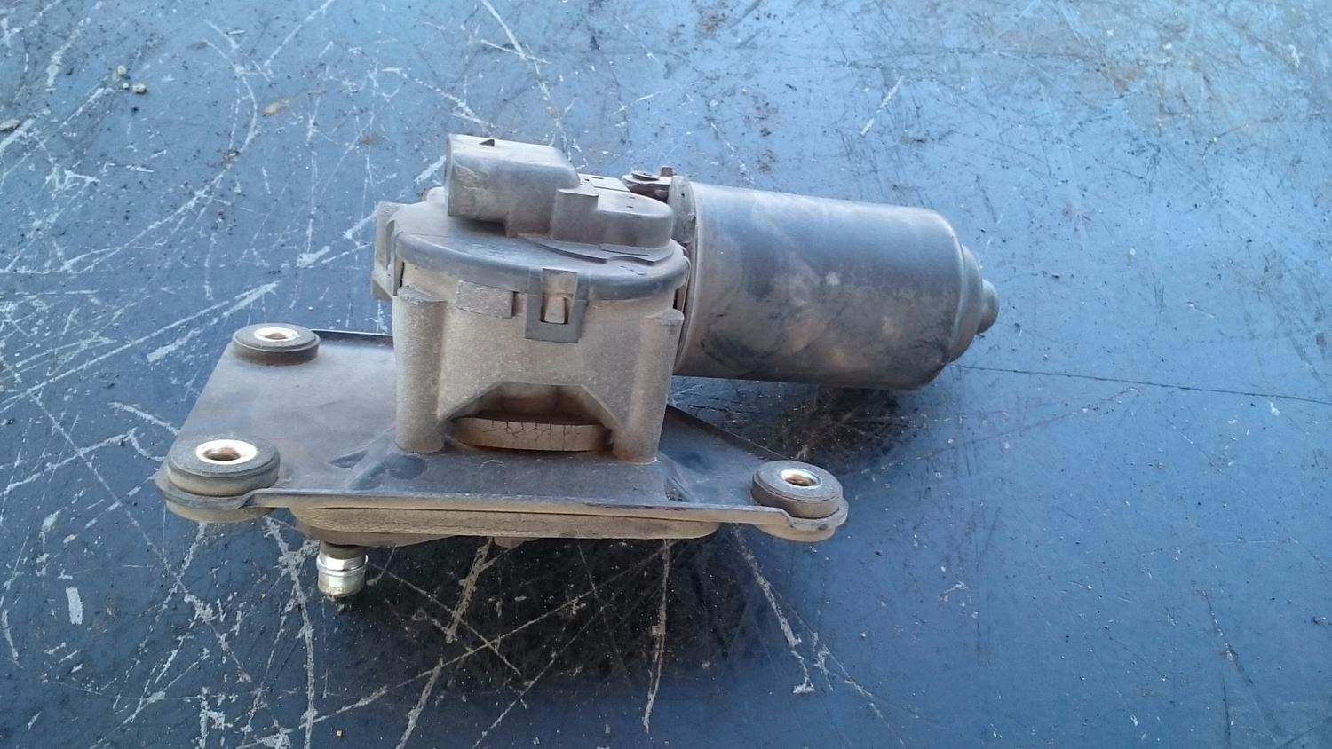 used wiper motor for 1999 sterling a9513