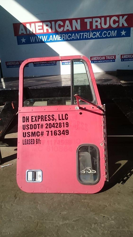 Fld 120 Door Parts : Freightliner fld stock sv  doors tpi