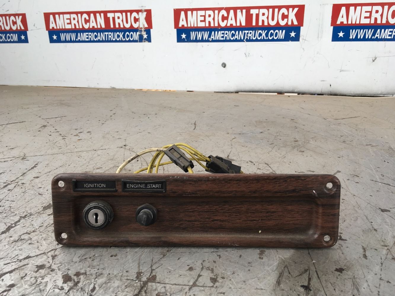 Used Miscellaneous for 2000 FREIGHTLINER FLD120 for sale-58718881