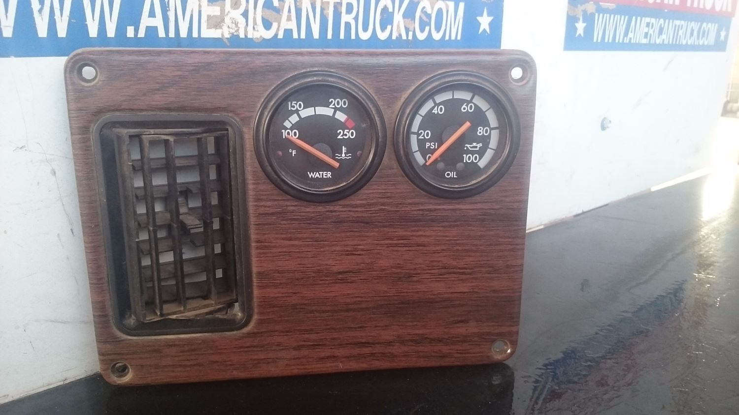 Used Parts for 2000 FREIGHTLINER FLD132 CLASSIC for sale-59007567