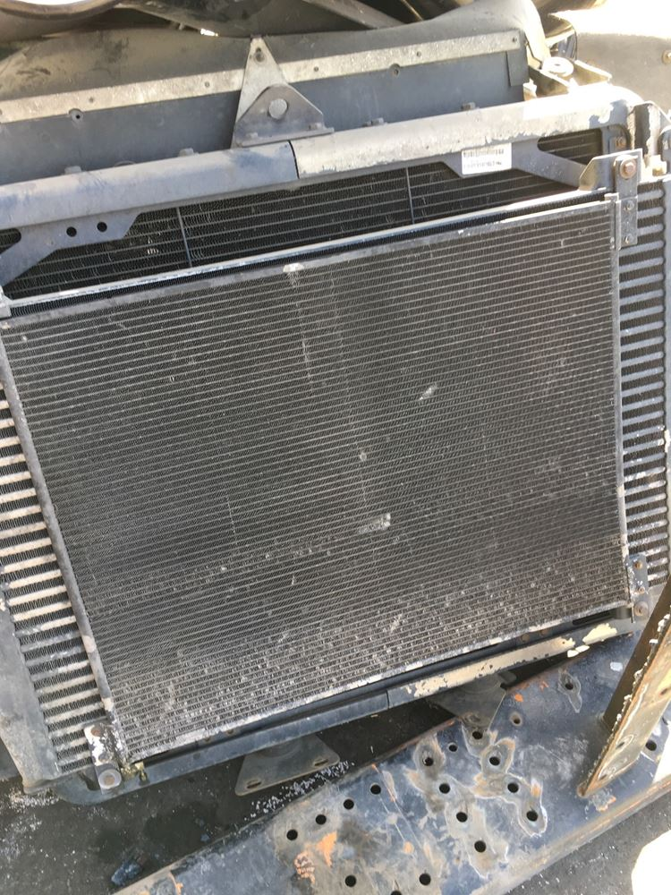 Used A/C Condensors for 2000 KENWORTH T2000 for sale-58985966