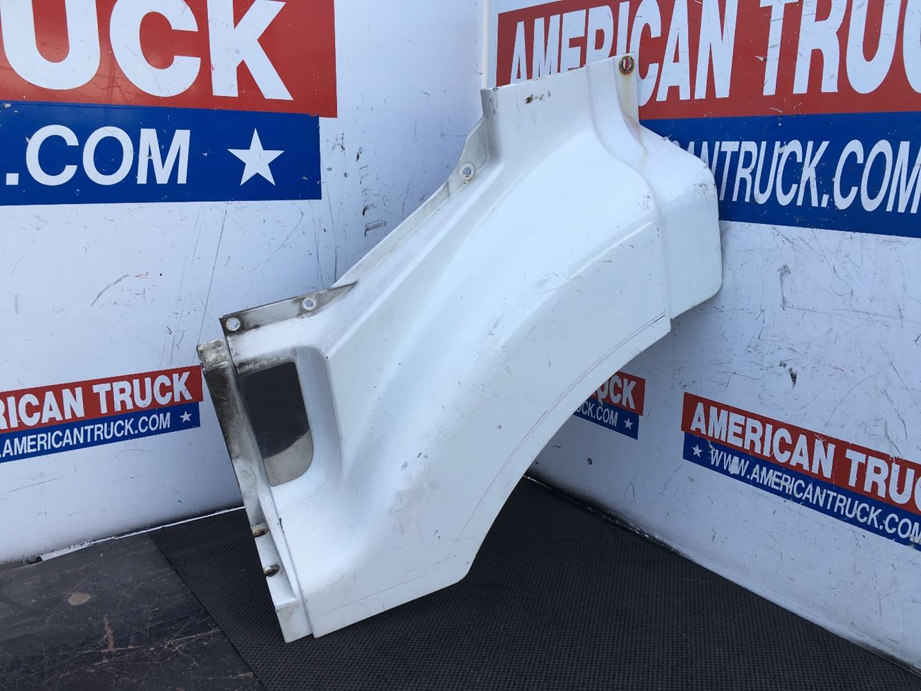 Used Parts for 2000 VOLVO VNL for sale-58982166