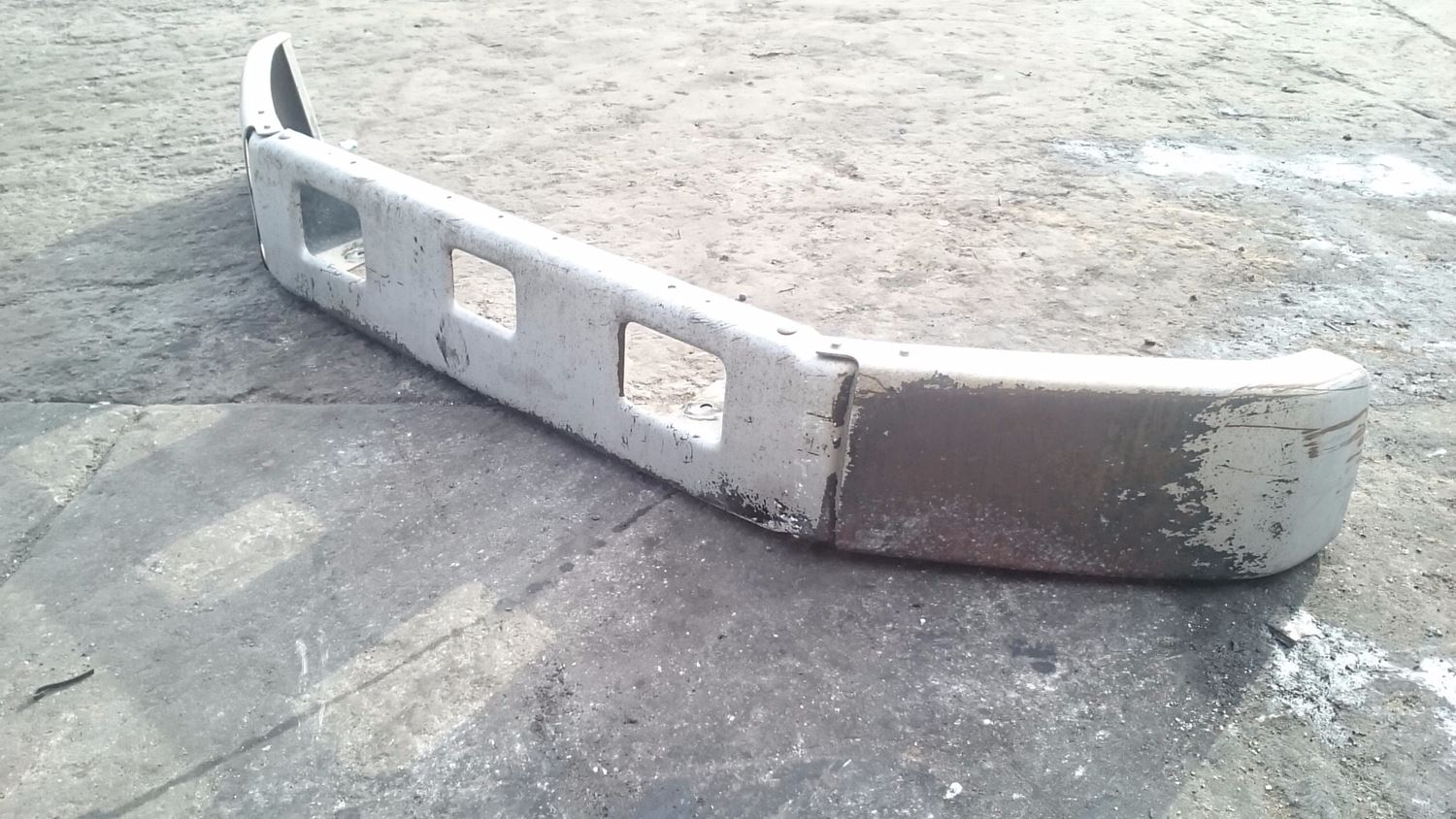 Used Parts for 2001 FREIGHTLINER FL60 for sale-59044804