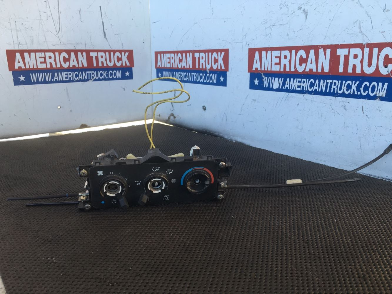 Dash Control Modules | New and Used Parts | American Truck