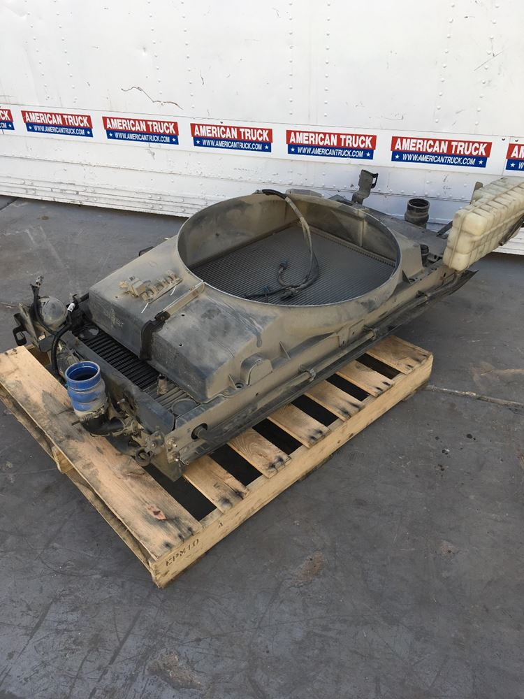 Used Parts for 2003 GMC C7500 for sale-59044995