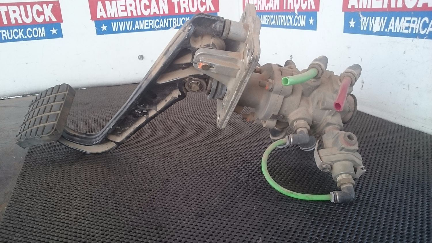 Used Miscellaneous for 2004 FREIGHTLINER M2 106 for sale-59044469