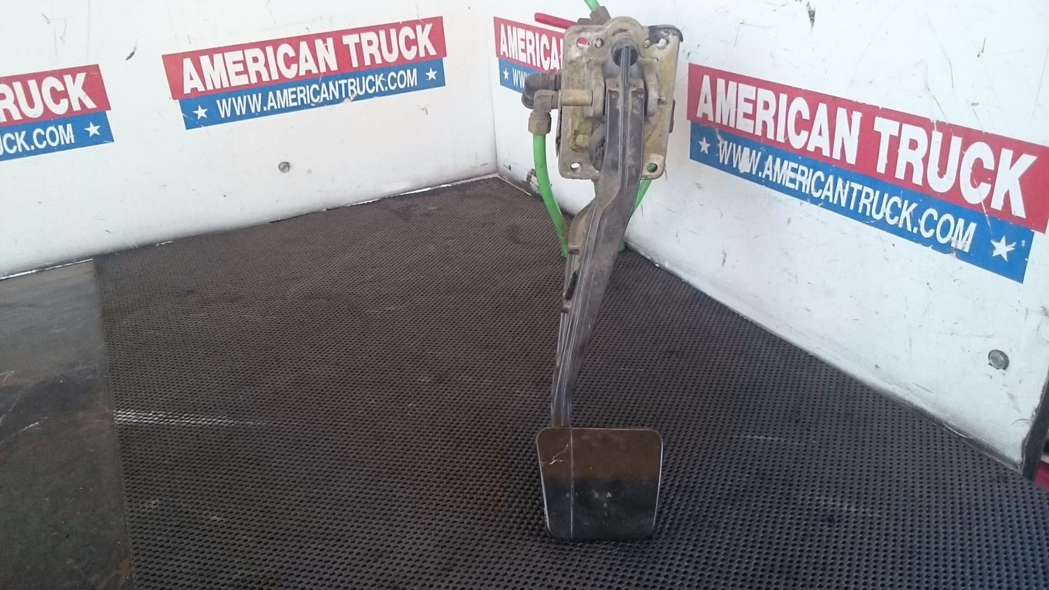 Used Miscellaneous for 2005 FREIGHTLINER CENTURY CLASS 120 for sale-58980938