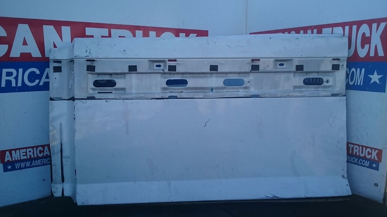 Used Fairings - Tank Fairings for 2005 VOLVO VNL for sale-59044827