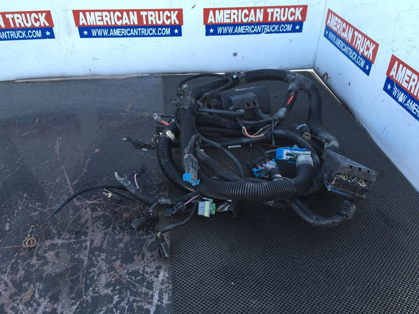 Caterpillar 3126 Wiring Harnesses jRA0ESywkdWQ_f?h=60&w=100&crop=auto wiring harnesses new and used parts american truck chrome 3406 Cat Injectors at edmiracle.co