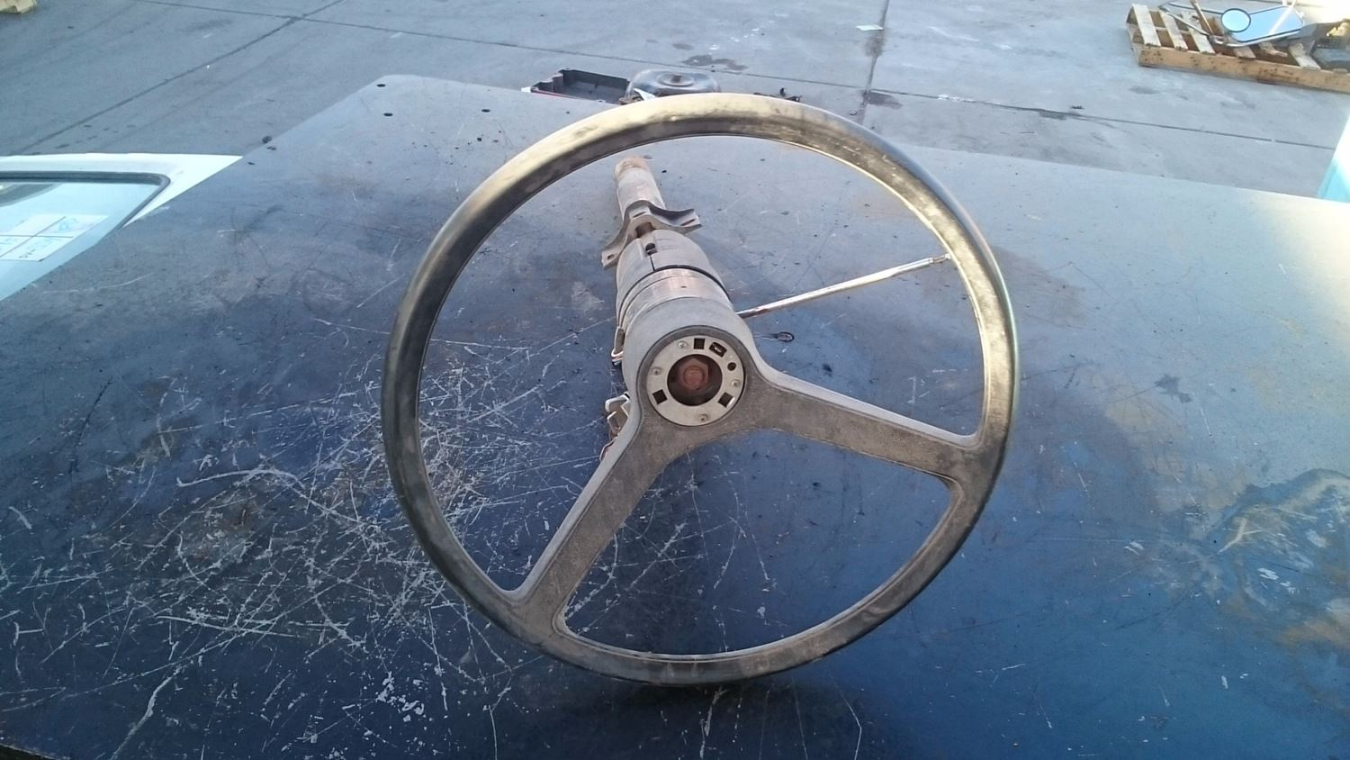 Steering Wheels   New and Used Parts   American Truck Chrome