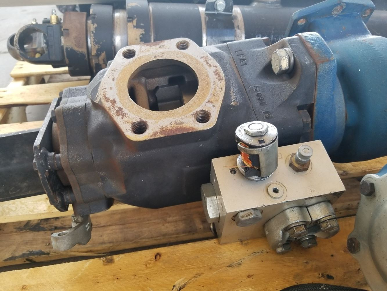 Used Transmissions & Transmission Parts - Ptos for for sale-59049387