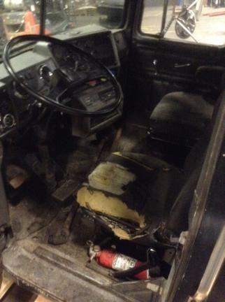 1988-MACK-R-MODEL-Cabs-ZMUpG41vzI7E_f  Mack Wiring on low entry truck mack, sportchassis mack, garbage truck sanitation mack,