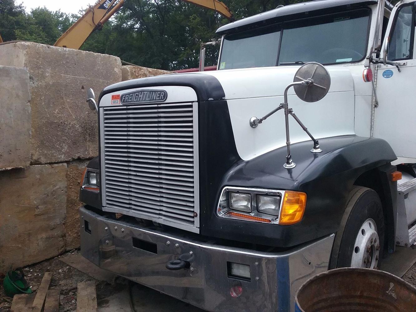 Freightliner Fld120 Hood : Freightliner fld stock t salvage fh tpi