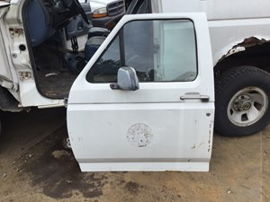 1996 Ford Bronco Doors (Stock #T-SALVAGE-1336-FODD-923 & 1996 Ford Bronco | TPI